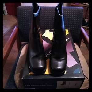 Women's vintage boots NEVER WORN